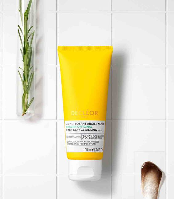 ROSEMARY OFFICINALIS CLEANSING GEL